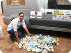 Tânia Mara Carvalho gestora do projeto com o kit Ideia Bela (Divulgação)