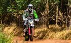 Fabrício Bianchini garantiu o título nas motocicletas (Virgínio Cruz/Photo Action)