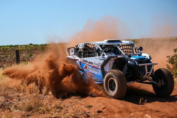 Rodrigo Varela ampliou a liderança no Campeonato Brasileiro de Rally Baja