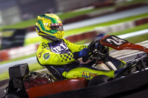 Alberto Otazú dominou as duas provas da F-Kart