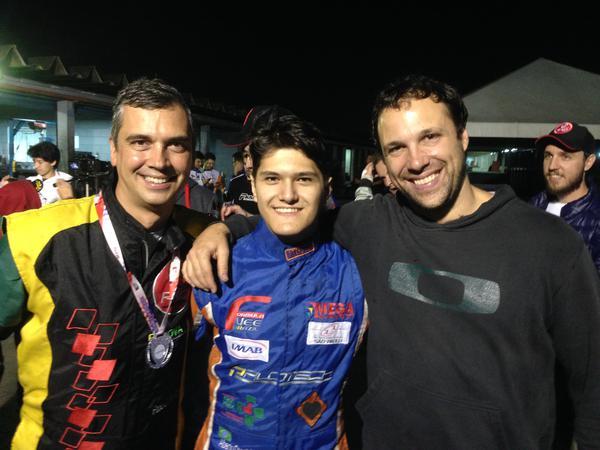 Fábio Cunha (E), Alberto Otazú (C) e Nelson Reple (D) são três forças do RKC