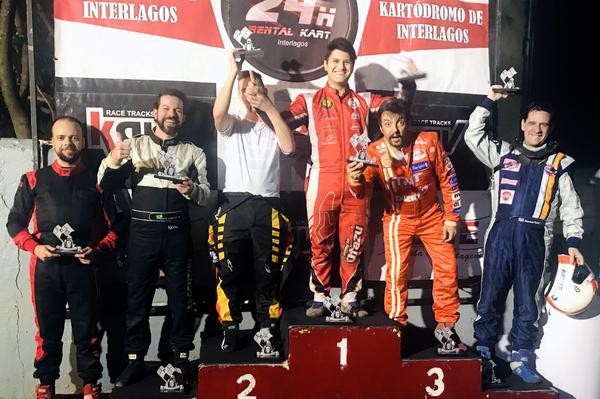 Alberto Otazú venceu seis das oito etapas da Fórmula Master