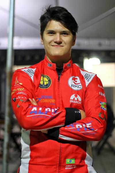 Alberto Otazú quer conquistar sua sexta vitória na F-4 da Akasp