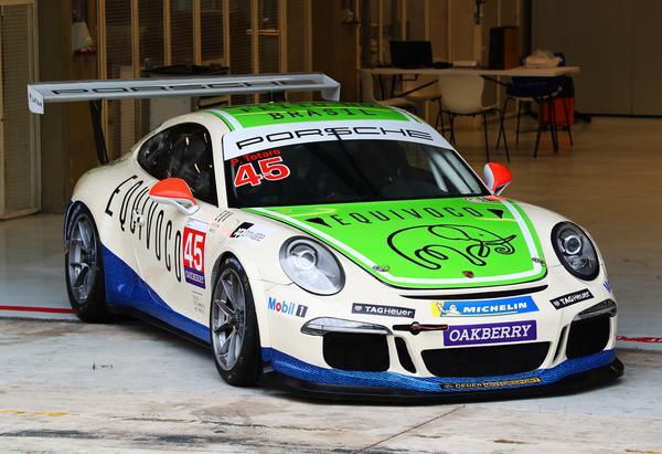 Pintura da Equivoco Racing para 2021