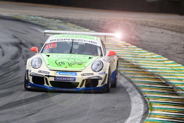 Porsche da Equivoco Racing