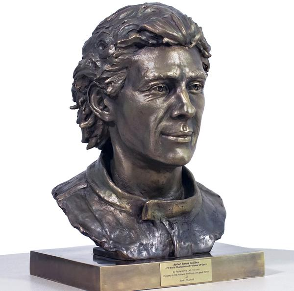 Pope Francis receives Ayrton Senna sculpture in the Vatican