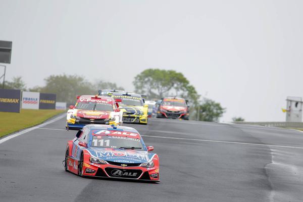 Barrichello: com a chuva sonhava com resultado melhor