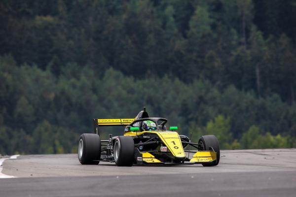 Corrida 2 em Nurburgring será às 5h25 de Brasília