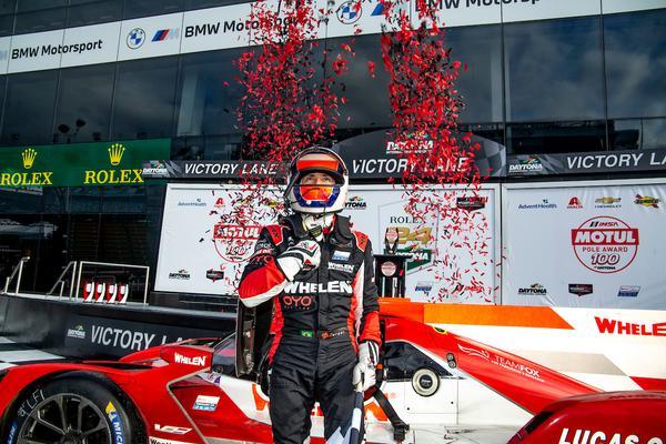 Pipo Derani na vitória da corrida classificatória em Daytona em janeiro