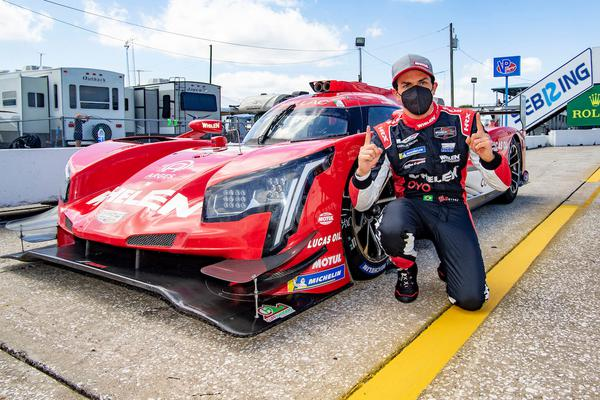 Pipo Derani conquista a pole em Sebring