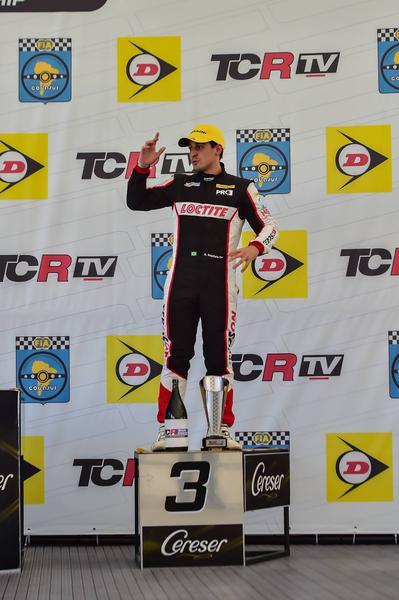 Digo Baptista sobe ao pódio na corrida 1 em Interlagos