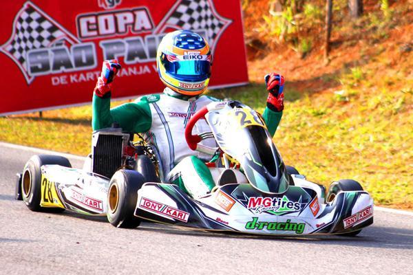 André Nicastro vai disputar as duas competições