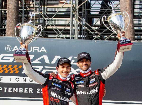 Vitória de Pipo Derani (esquerda) e Felipe Nasr em Long Beach