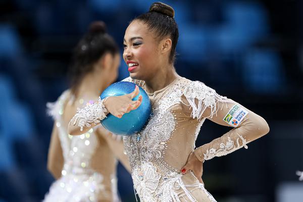 CBG divulga convocação das ginastas do conjunto