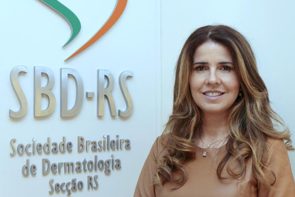 Presidente da SBD-RS, Taciana Dal´Forno Dini,