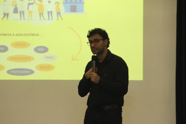 Psiquiatra Rafael Araujo falou sobre a relação com a família