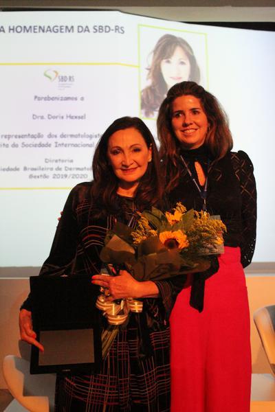 Dóris Maria Hexsel (RS) recebeu homenagem durante o evento