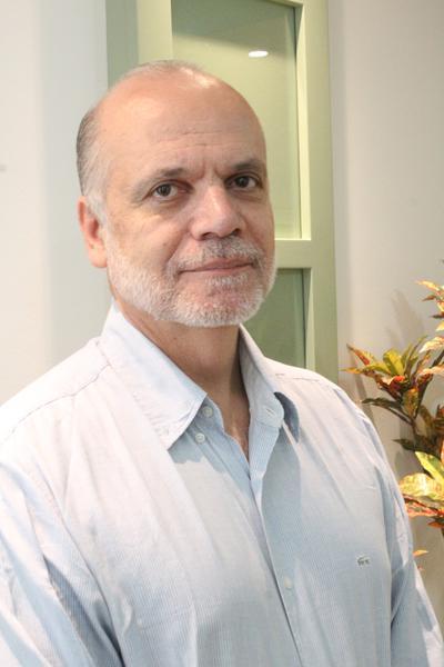 Presidente eleito Sérgio Amantéa