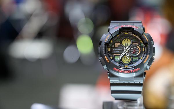 Uso de relógios resistentes no verão é uma boa pedida