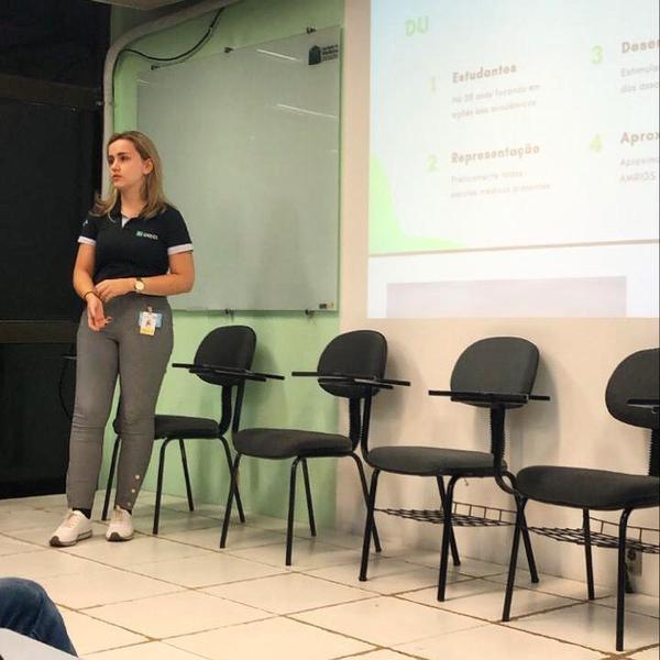 Membro do Departamento Universitário da AMRIGS, Thalia Michele Vier Schmitz