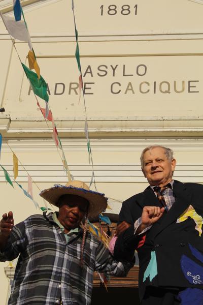 AlécioJosé FerreiraBorsoi (d) proporcionou muita alegria para moradores