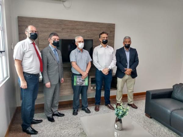 Visita da AMRIGS ao Hospital Regina, de Novo Hamburgo