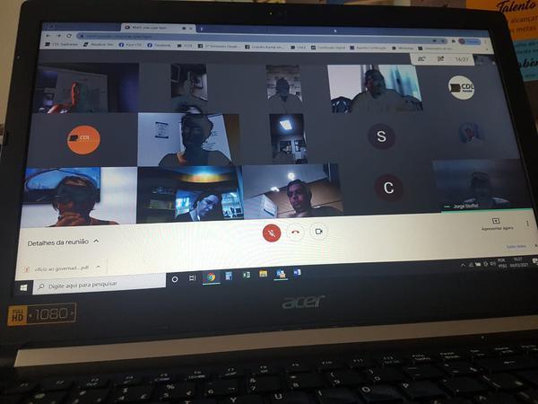 Reunião realizada de forma virtual