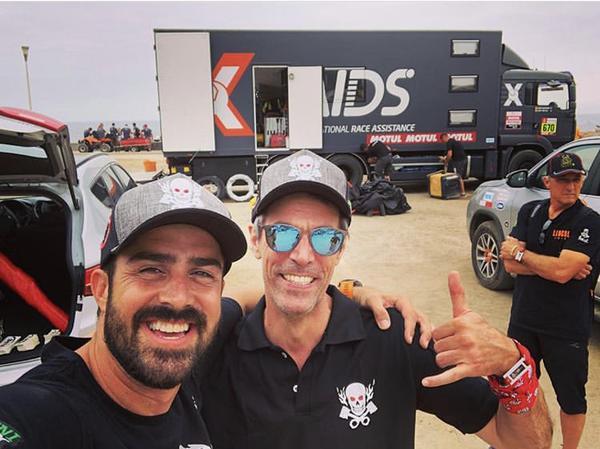 Bianchini e o uruguaio Fernandez, na largada do Dakar no Peru