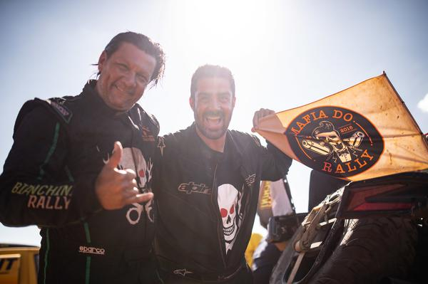 Adhemar e Fabrício durante o Sertões 2018, quando competiram nos UTVs (Victor Eleutério/Fotop)