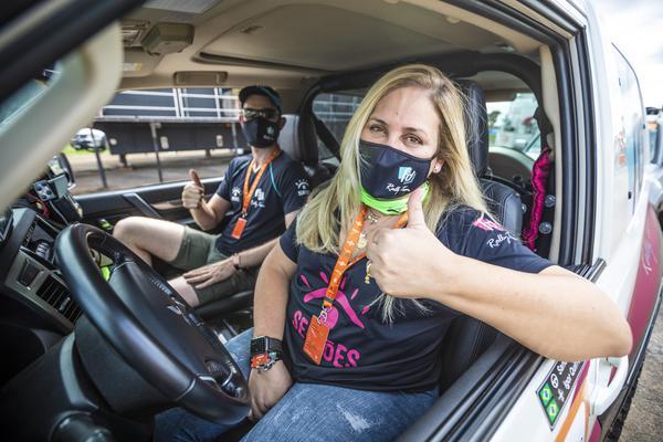 Sandra Dias: 1a piloto mulher com título na categoria principal do Regularidade (Vinícius Ferraz/Shez)