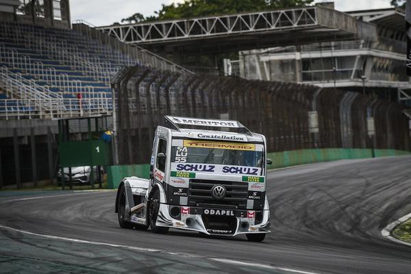 Piloto da SFI CHIPS na Copa Truck dominou a Corrida 1 (Duda Bairros/+Brasil)