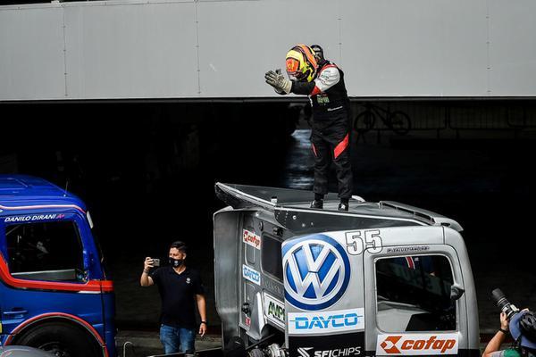Foi a quarta vitória seguida nos caminhões do paulistano, em Interlagos (Duda Bairros/+Brasil)