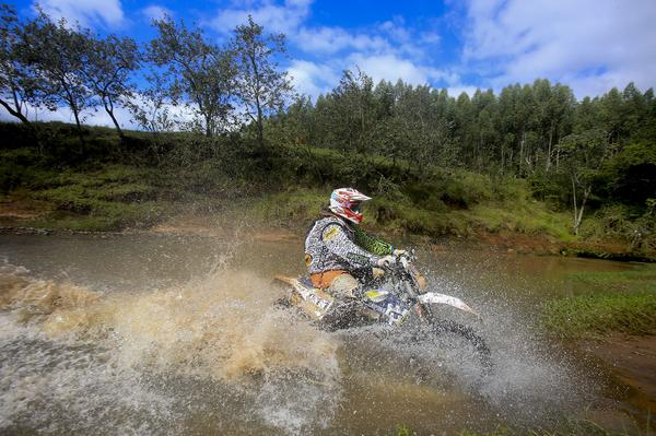 Motos/Rally Cuesta Off-Road: Bianchini Rally vence na Production Aberta, neste sábado, em Botucatu