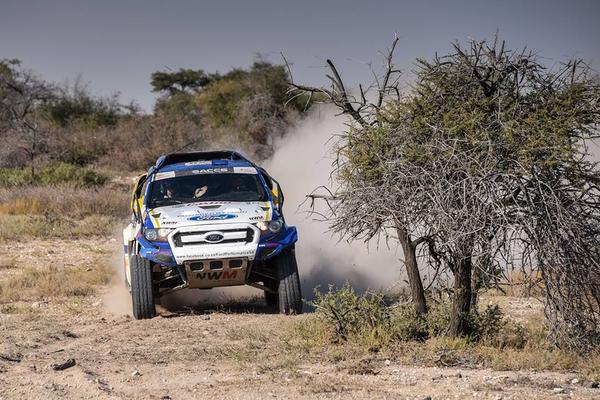 Marcos Baumgart e Kleber Cincea disputam prova na África do Sul (Divulgação)