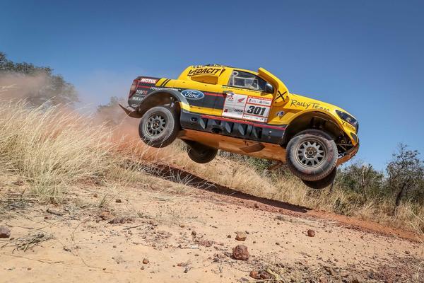 #303 - Marcos Baumgart/Kleber Cincea (Ford Ranger V8 4x4 T1 FIA)