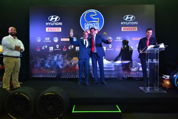 Cristian Baumgart e Beco Andreotti premiados na categoria Off Road (Capacete de Ouro/Divulgação)