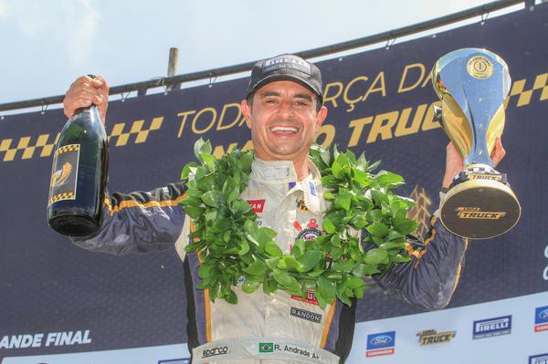 Roberval Andrade disputará a Copa Truck em 2019 com o Mercedes-Benz número 1