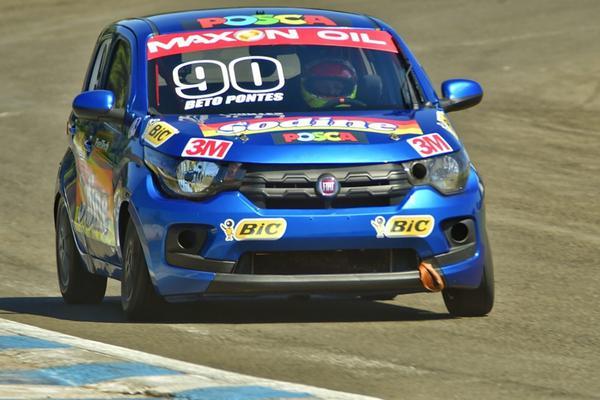 Beto Pontes, do Ceará, está inscrito com seu Fiat Mobi