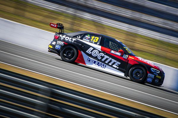 Digo Baptista está na vice-liderança do campeonato de pilotos (Rafa Catelan)