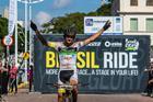 Felicidade de Bruno Lemes ao conquistar o título (Wladimir Togumi / Brasil Ride)