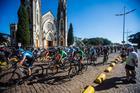 Largada em frente à Catedral de Botucatu (Wladimir Togumi / Brasil Ride)