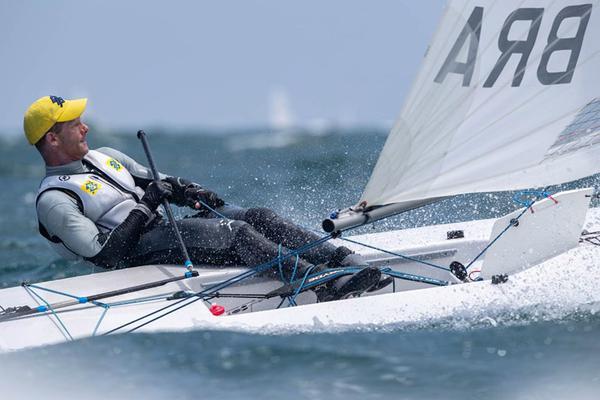 Scheidt quer melhorar a velejada no popa