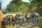 Pelotão no início da prova (Josue Fernandez / Brasil Ride)