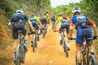 Tentativa de escapada na subida (Josué Fernandez / Brasil Ride)