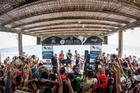 Festa do público no pódio masculino (Fabio Piva / Brasil Ride)
