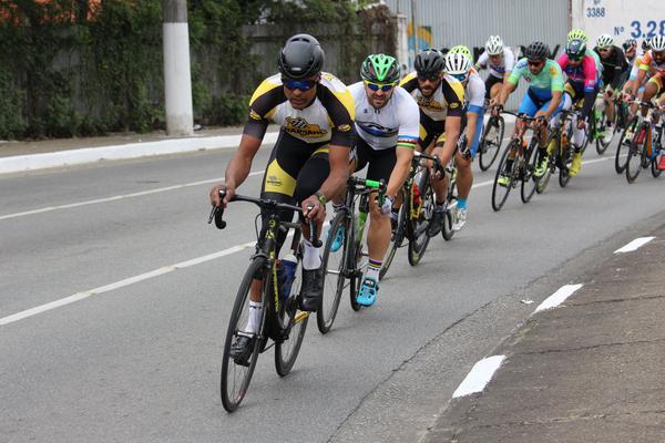 https://presskit-hosting.s3.amazonaws.com/67/2019/10/31/371690_917801_copa_penks_etapa_6___mazza_ciclismo_8_web_.jpg