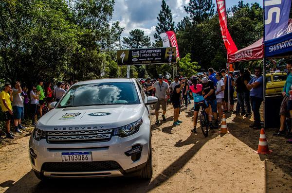 Largada da Diverge Gravel Race Brasil Ride