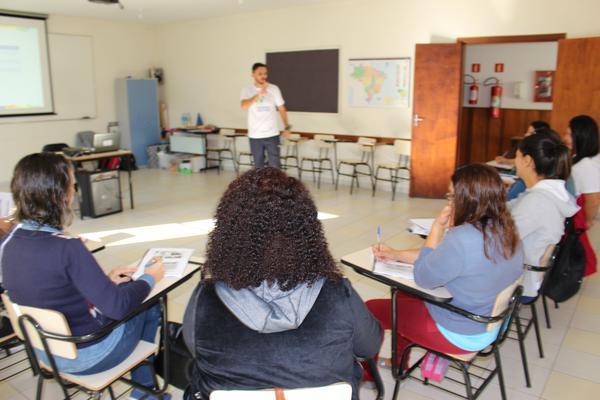 Aracati volta a receber projeto do IEE que capacita professores