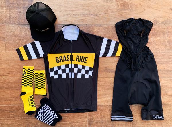 Conjunto montado com a jersey 1963 Brasil Ride