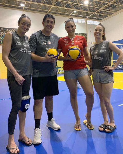 Paracatu, Luizomar, Tandara e Camila Brait reunidos de novo em Saquarema